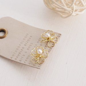 Anthropologie Pearl Wire Floral Studs Earrings